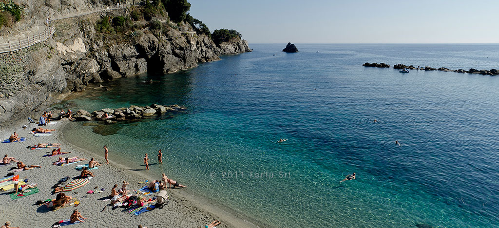 H tel pasquale plage monterosso cinq terres for Appart hotel 5 terres